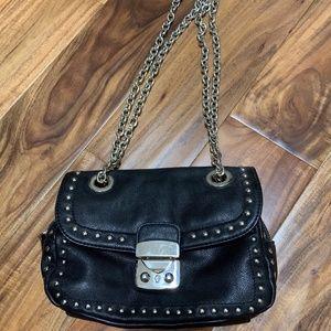 Black mini purse w/silver chain strap-Like New
